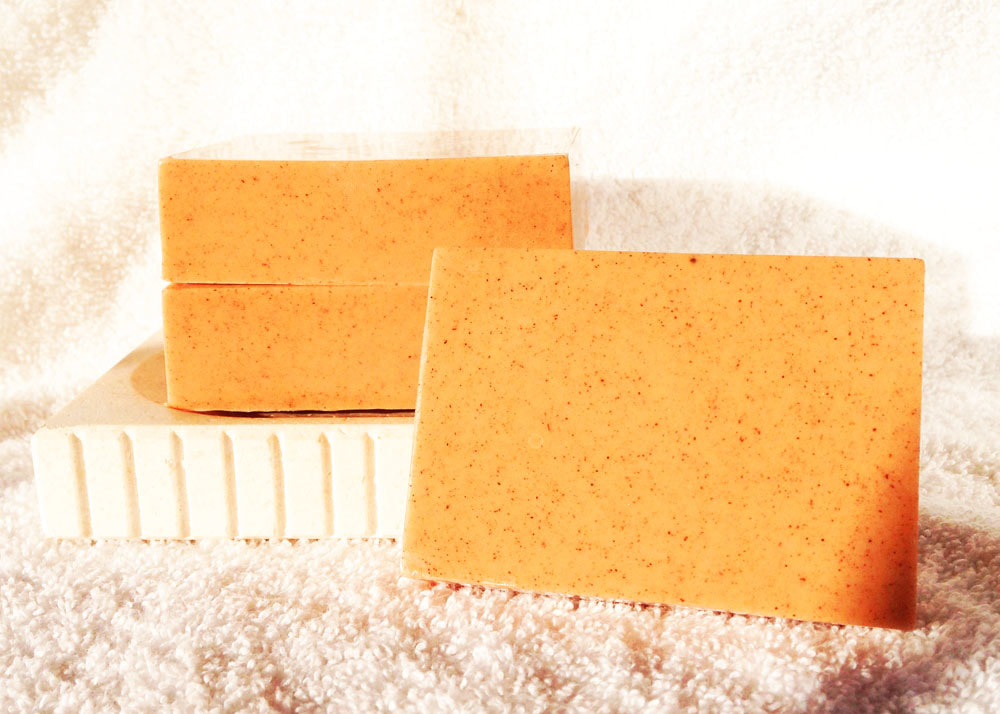 Cinnamon Honey Goat Milk Soap from Contented Comfort, detergent and dye free soap, spicy smelling soap, cinnamon soap