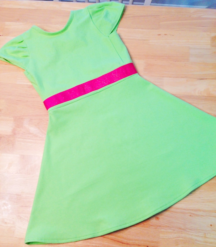 Simple DIY play dress in lime green and hot pink
